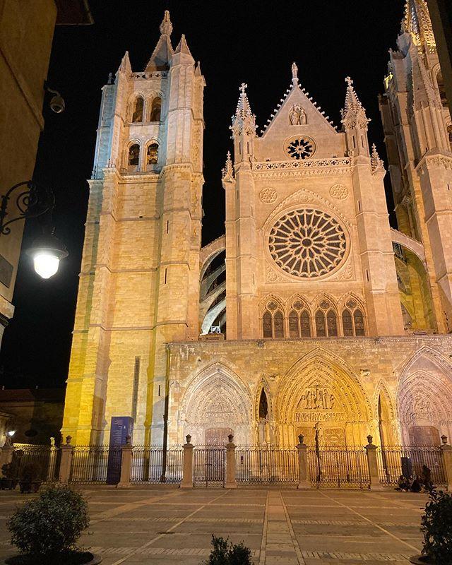 21 Lugares Clave Que ver en León Ciudad, Catedral de León
