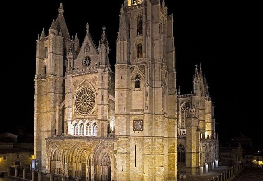 Que ver en León en un día, Catedral