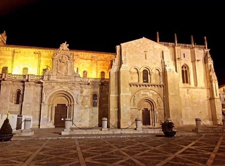 Que ver en León en un día, San Isidoro